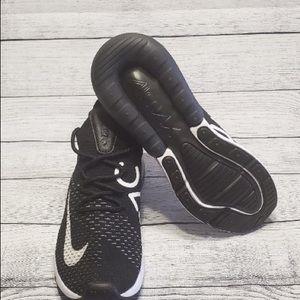 "Nike Air Max 270 Flyknit ""Oreo"" Sz 6.5 AH6803 001"